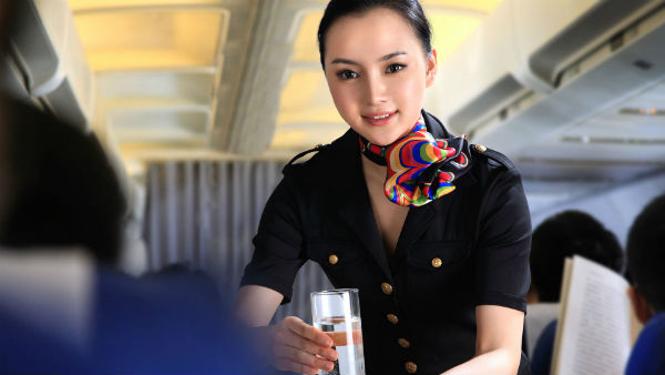 Servicio-de-catering-en-avión